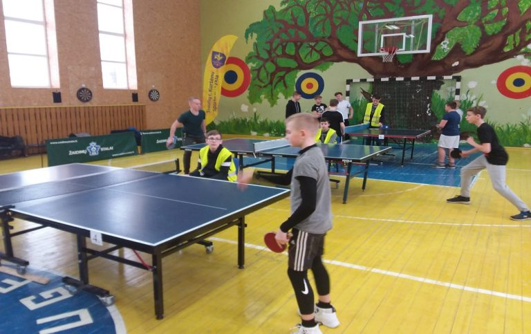 Kuršėnų Stasio Anglickio mokyklos stalo teniso komandos sėkmė